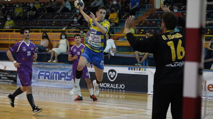 Satisfactorio final de temporada para el Zamora Rutas del Vino ante Sant Martí Adrianenc