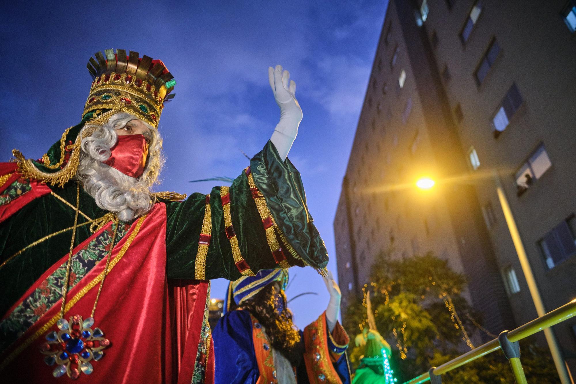 Los Reyes magos recorren Santa Cruz