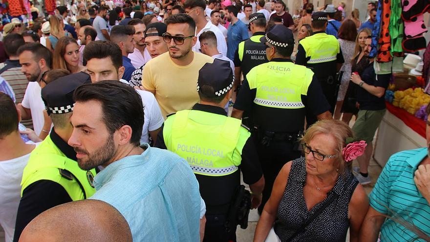 La Policía Local de Málaga cambia el amarillo por el azul en su uniforme