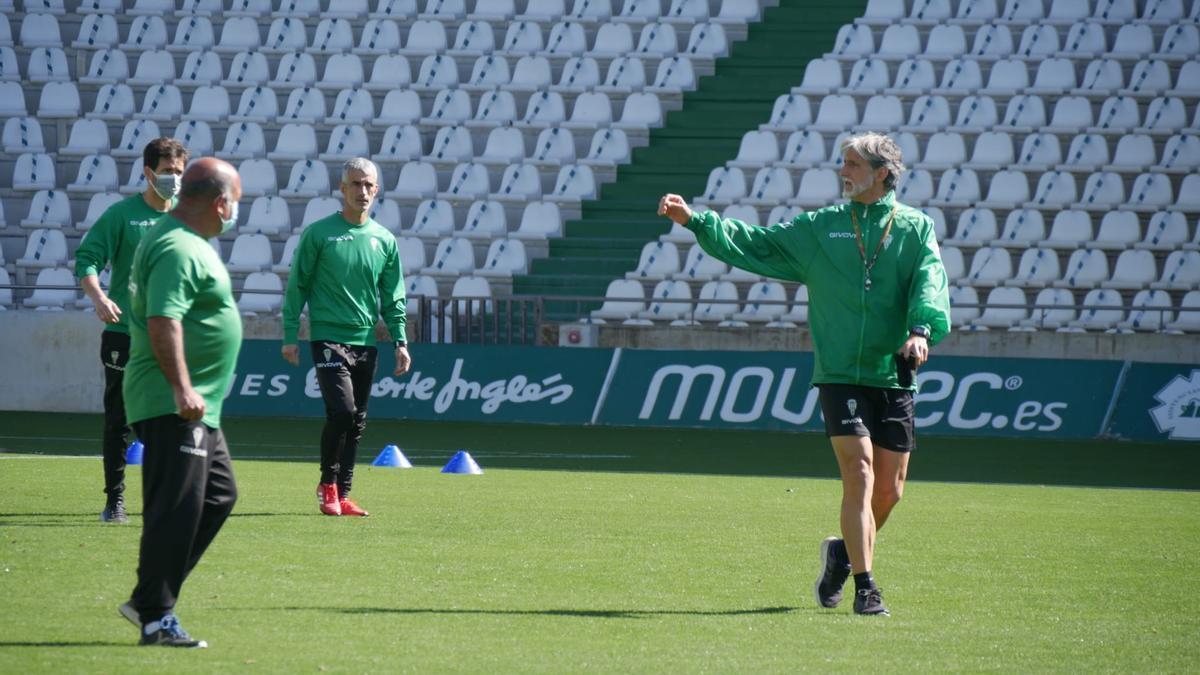 Pablo Alfaro, durante el entrenamiento de recuperación del Córdoba CF, este lunes, en El Arcángel.