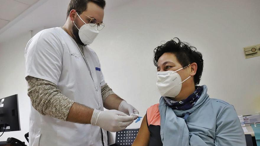 Los efectos secundarios leves tras la vacunación