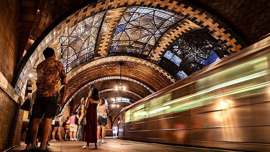 El regreso a la plaza de la Reina del 'arquitecto de Nueva York'
