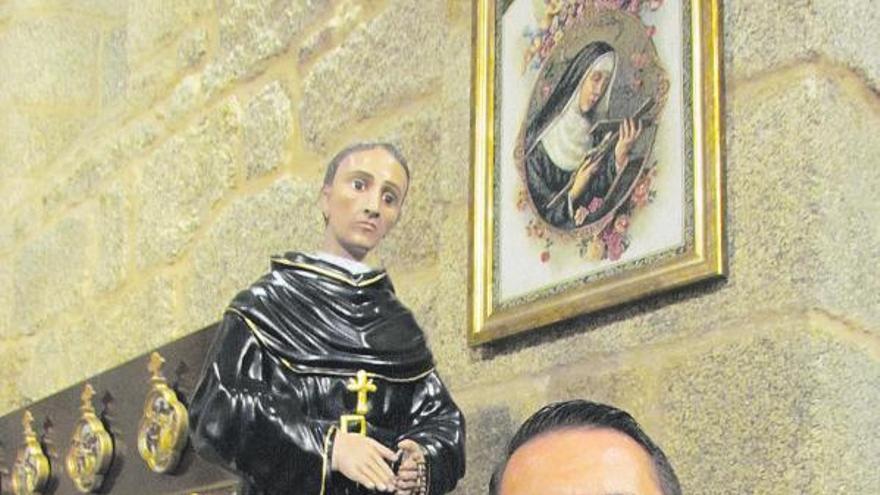 O Grove recibe una reliquia del santo patrono de los enfermos de cáncer