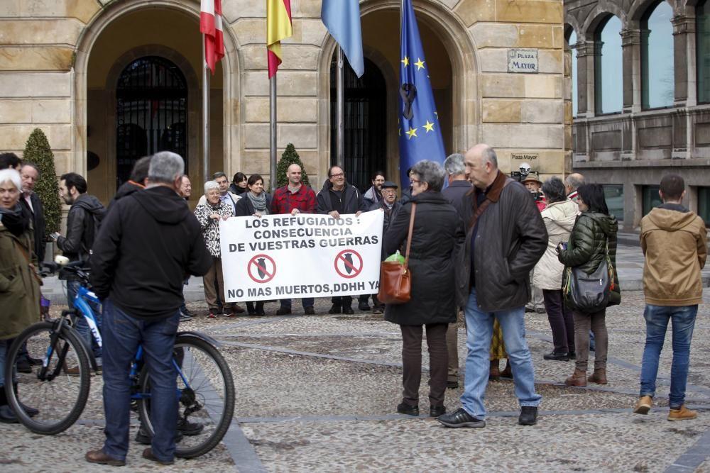Colocación del crespón negro en la bandera europea