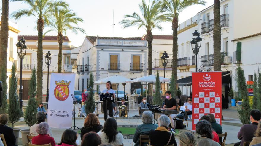 La escuela de música de Monesterio lleva sus audiciones hasta la Plaza del Pueblo