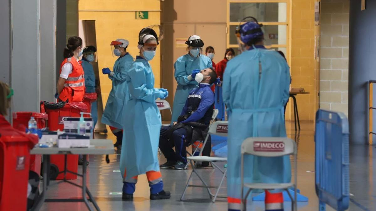 El covid sigue sumando muertes en Córdoba, 8 más en las últimas horas