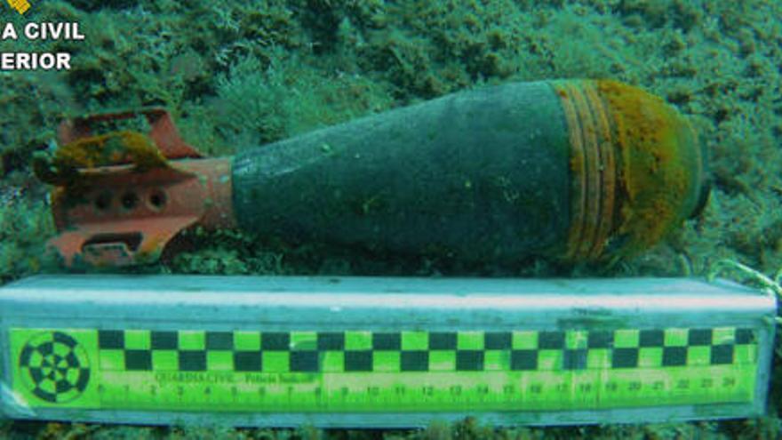 Troben un contenidor explosiu a la cala Caials de Cadaqués