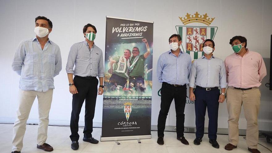 El futuro del Córdoba, en manos propias y ajenas