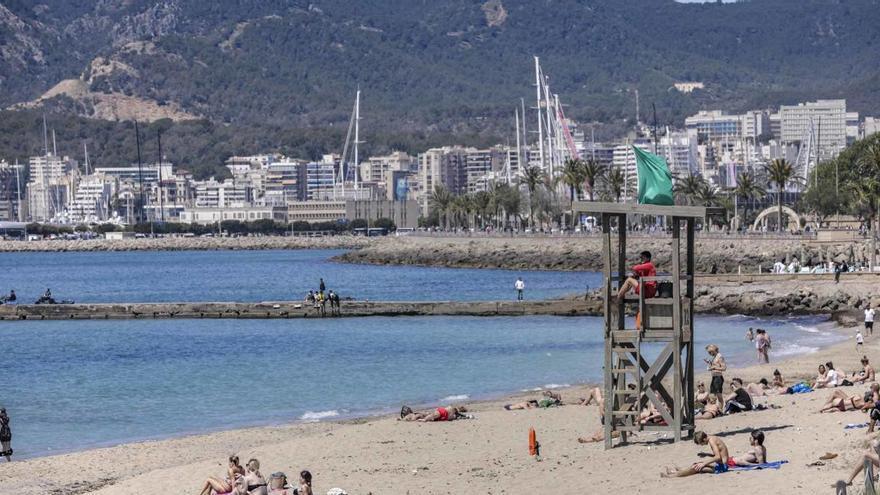 Cort permitirá a menores de 14 años pasear por playas, parques y zonas verdes
