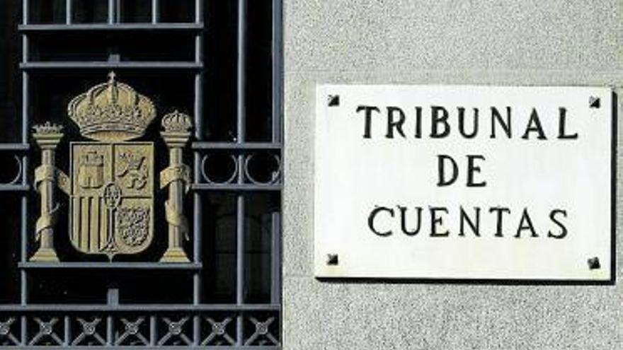 Cabildos y municipios pagan más de 17 millones al año en facturas irregulares