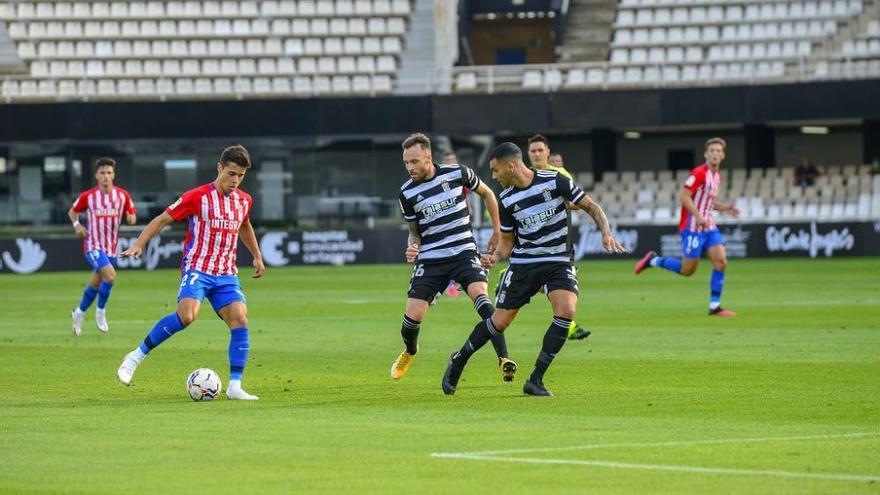El Sporting amarga el estreno del FC Cartagena en casa
