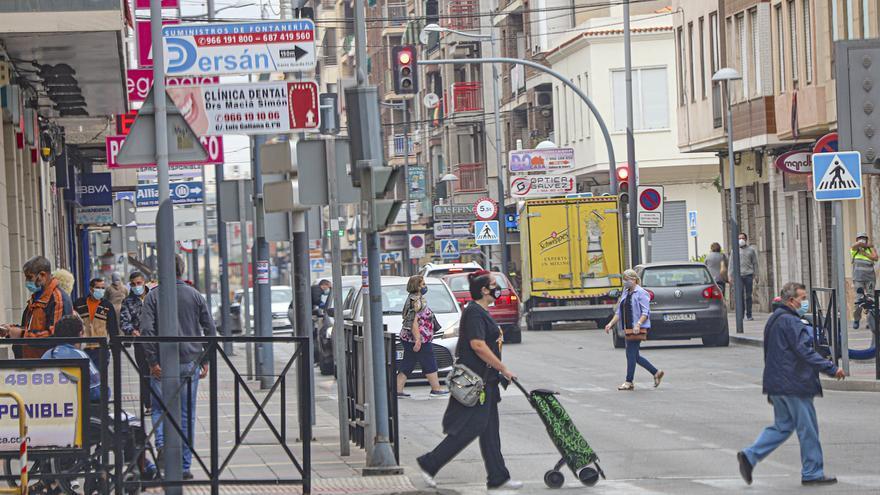 El alcalde de Callosa de Segura pide el autoconfinamiento de la población tras dispararse los casos de covid