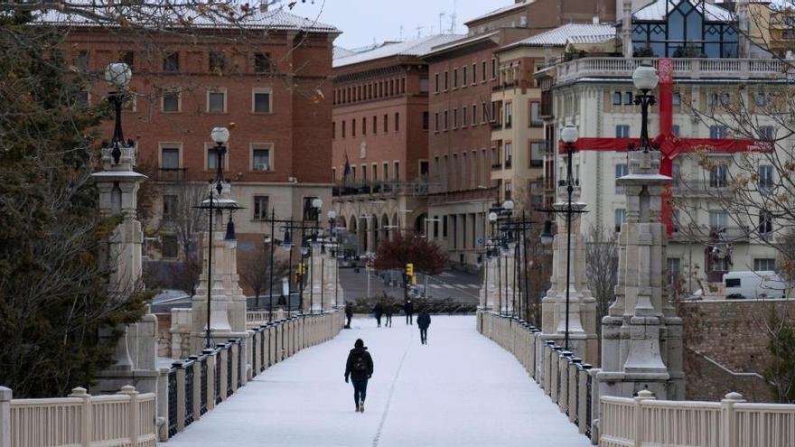 Aragón vuelve a fase 3 agravada: adelanta cierres y mantiene los confinamientos