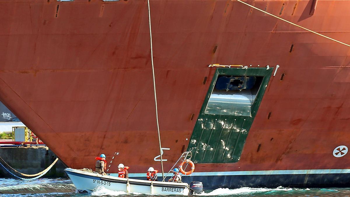 """El """"Evrima"""" deja Barreras y pone rumbo hacia Santander"""