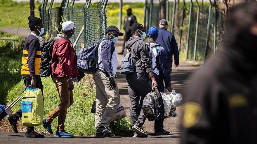 Migraciones se da hasta mediados  de marzo para desalojar los hoteles