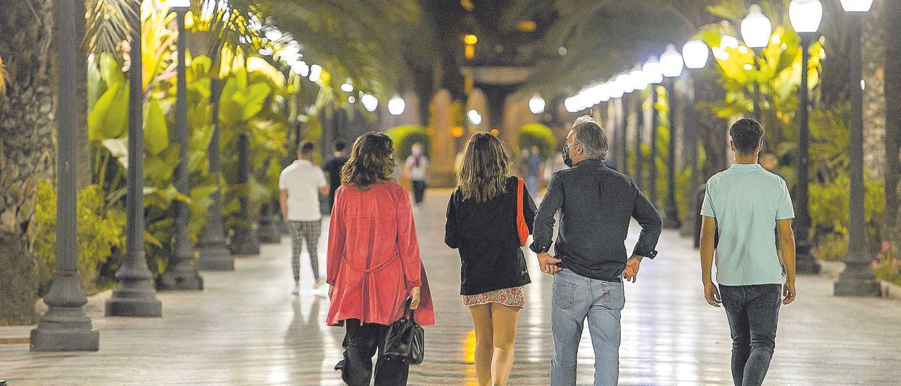 El Consell valora ampliar el toque de queda a otros municipios.
