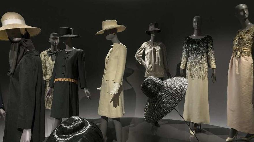 Yves Saint Laurent, prendas de museo