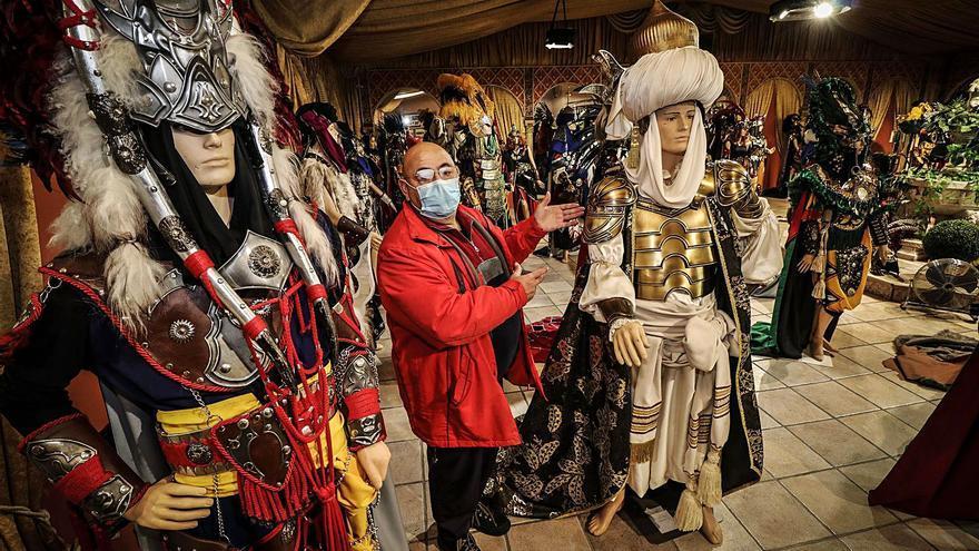 El covid aboca a la ruina a las más de 8.000 familias que viven de las fiestas en la provincia