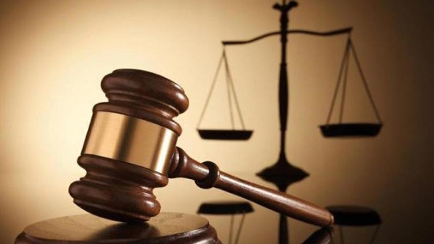 La Fiscalía abre diligencias por presunto tráfico de influencias en Educación