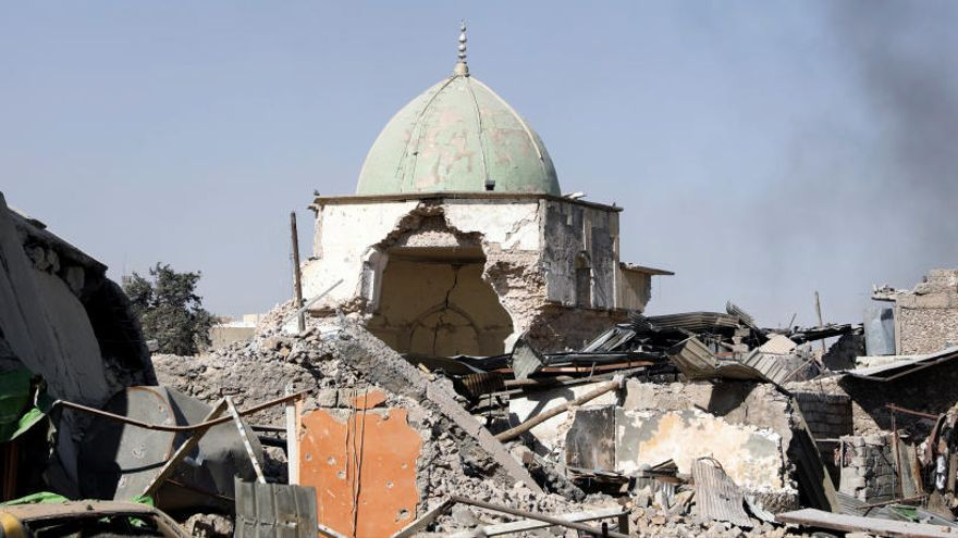 "Irak toma la mezquita de Mosul en la que se proclamó el ""califato"" del EI"