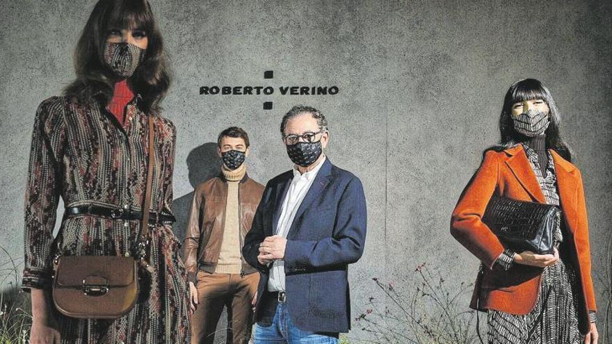 Roberto Verino presenta sus propuestas (con mascarilla)