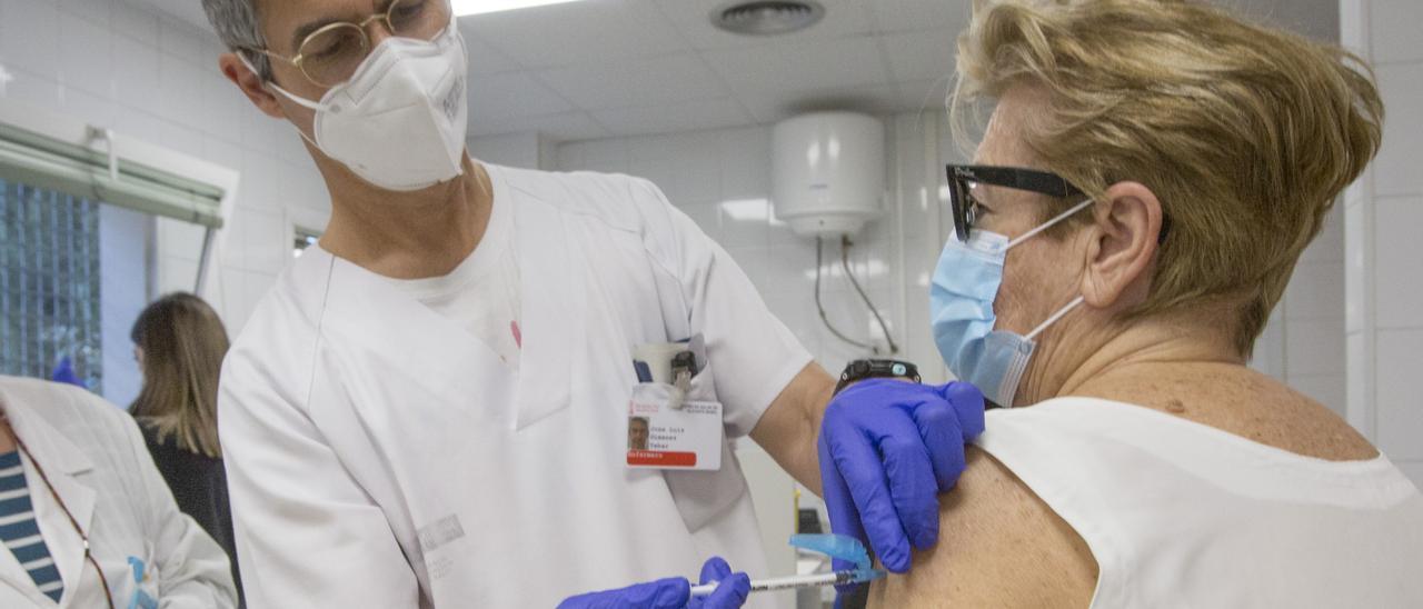 Vacunación frente al covid en la provincia de Alicante