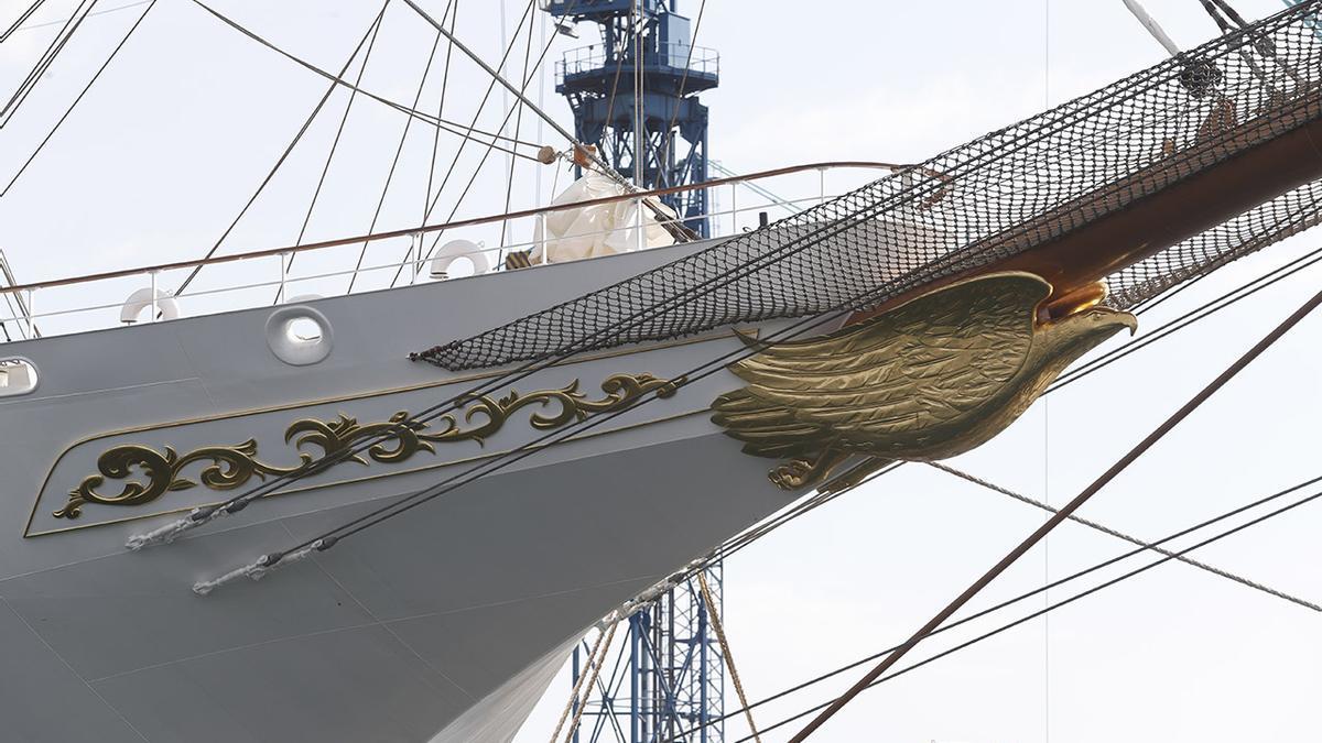 """El """"Sea Clod Spirit"""", amarrado en el muelle de armamento de MetalShips en Ríos (Teis). (5).jpg"""