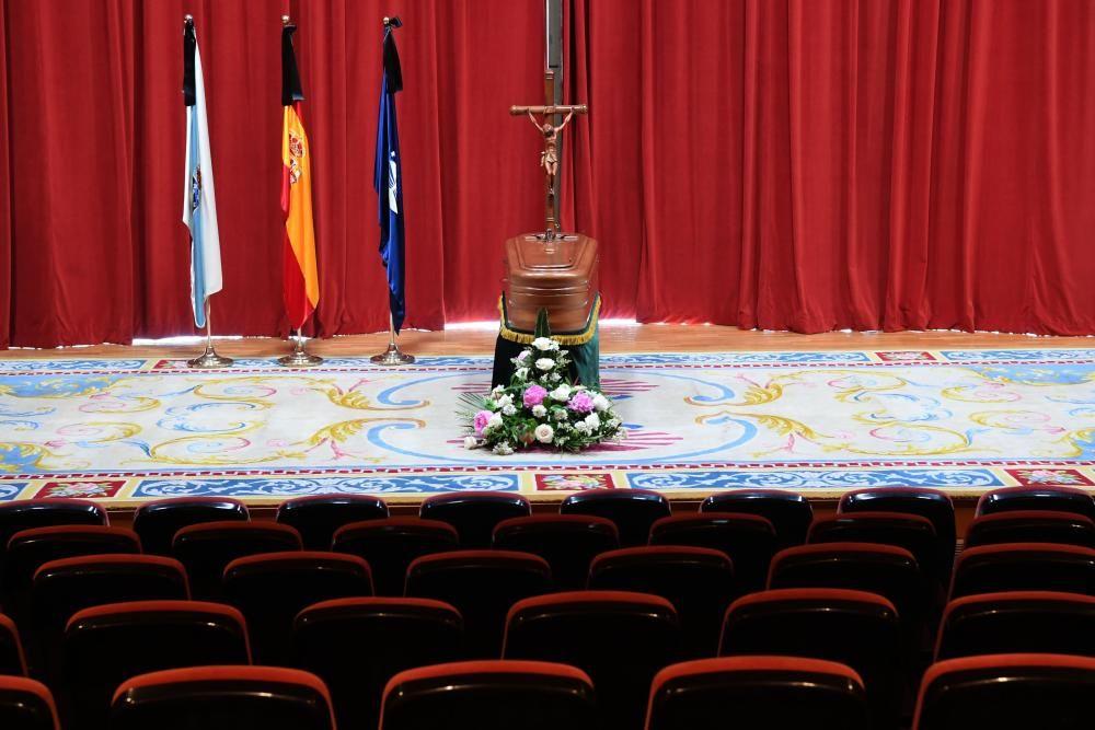 El catedrático coruñés, máximo responsable de la Universidade da Coruña durante 13 años, falleció a los 84 años.