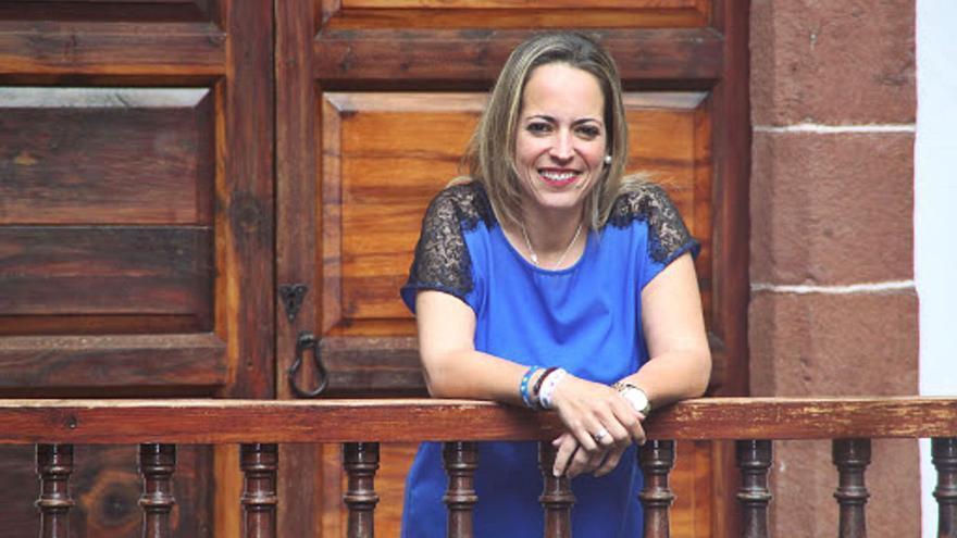 La consejera, Susana Machín, en la Casa Principal de Salazar . | | EL DÍA