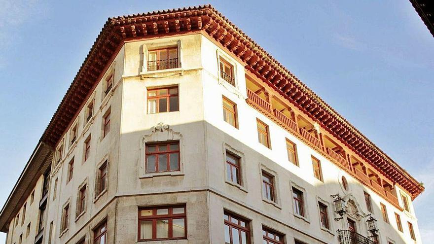El grupo Matutes y El Corte Inglés no logran vender sus dos hoteles de la ciudad