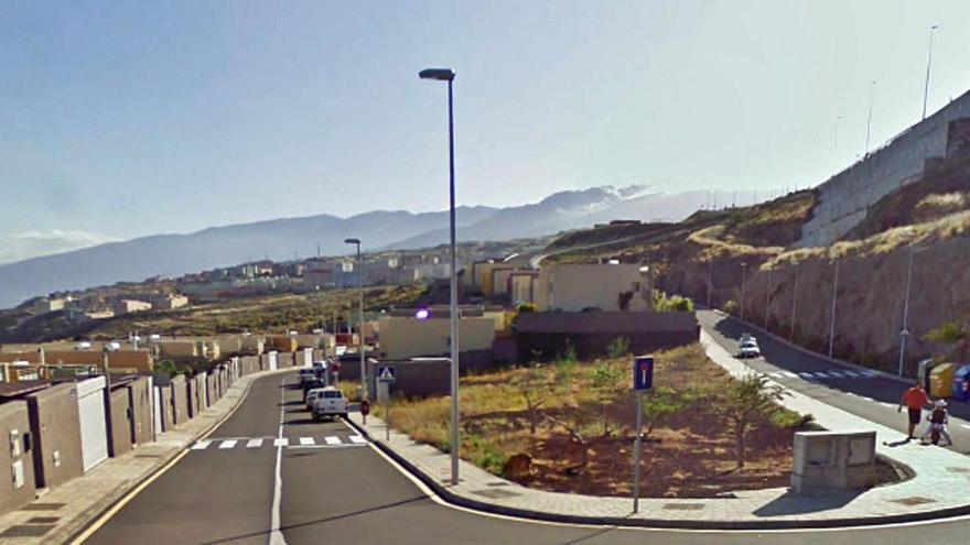 Urbanismo multa con 50.000 euros la construcción de una piscina sin permiso