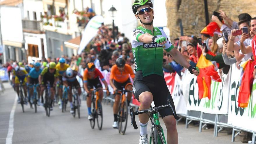 La Vuelta a Andalucía arranca en Mijas antes de llegar a Iznájar