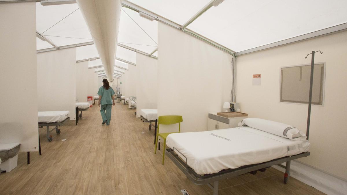 Hospital de campaña de Alicante, ya vacío de pacientes.