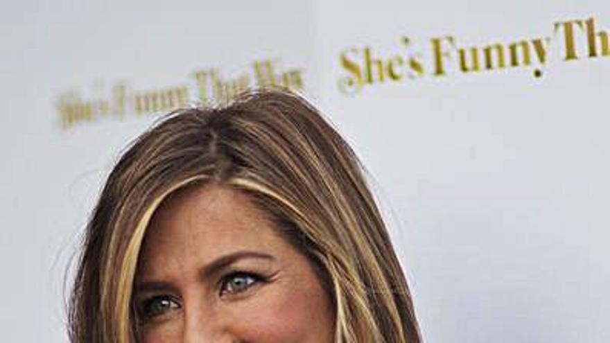 El entorno de Jennifer Aniston afirma que sale con el actor Jason Sudeikis