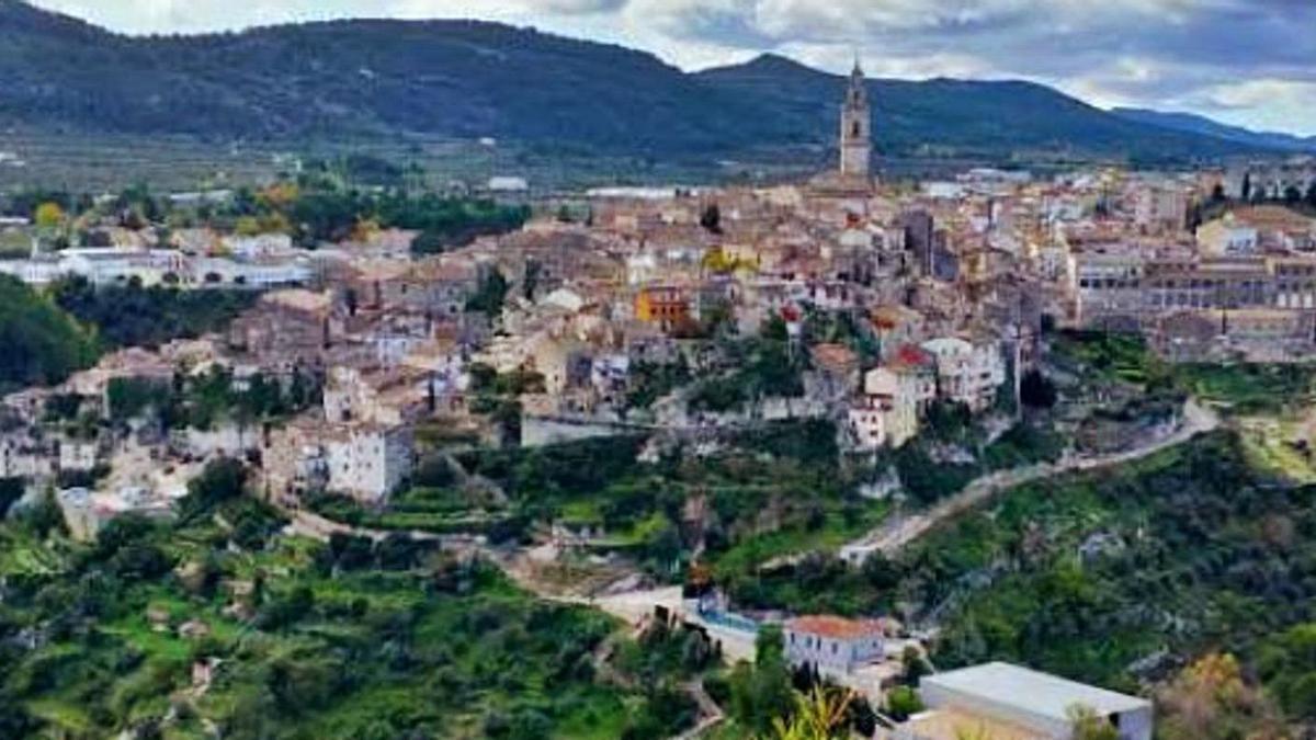 Vistas de Bocairent, integrada en  el ámbito de la Serra Mariola. | EMILI MORANT
