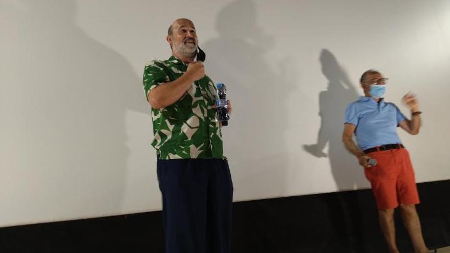 El actor Javier Cámara homenajea a los cines de pueblo en Xàbia