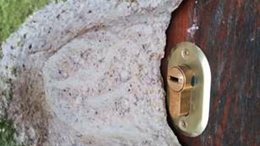 Polémica en San Xurxo por el cambio de cerradura de la emblemática capilla de San Xusto