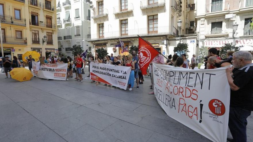 Centros de Día de Menores denuncian 9 meses sin cobrar y anuncian protestas
