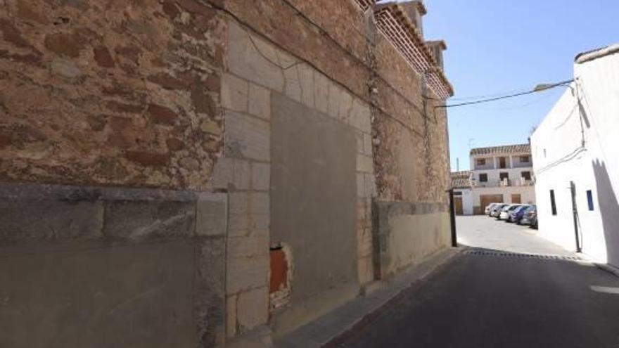 La iglesia de Benavites recupera su Puerta Santa
