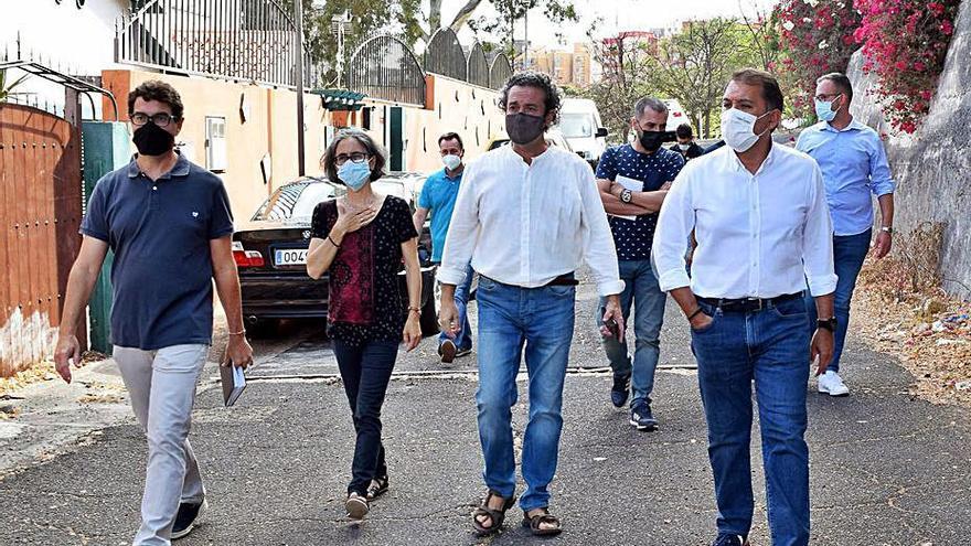 Ayuntamiento de Santa Cruz de Tenerife y vecinos acuerdan un plan integral de mejoras para Villa Benítez