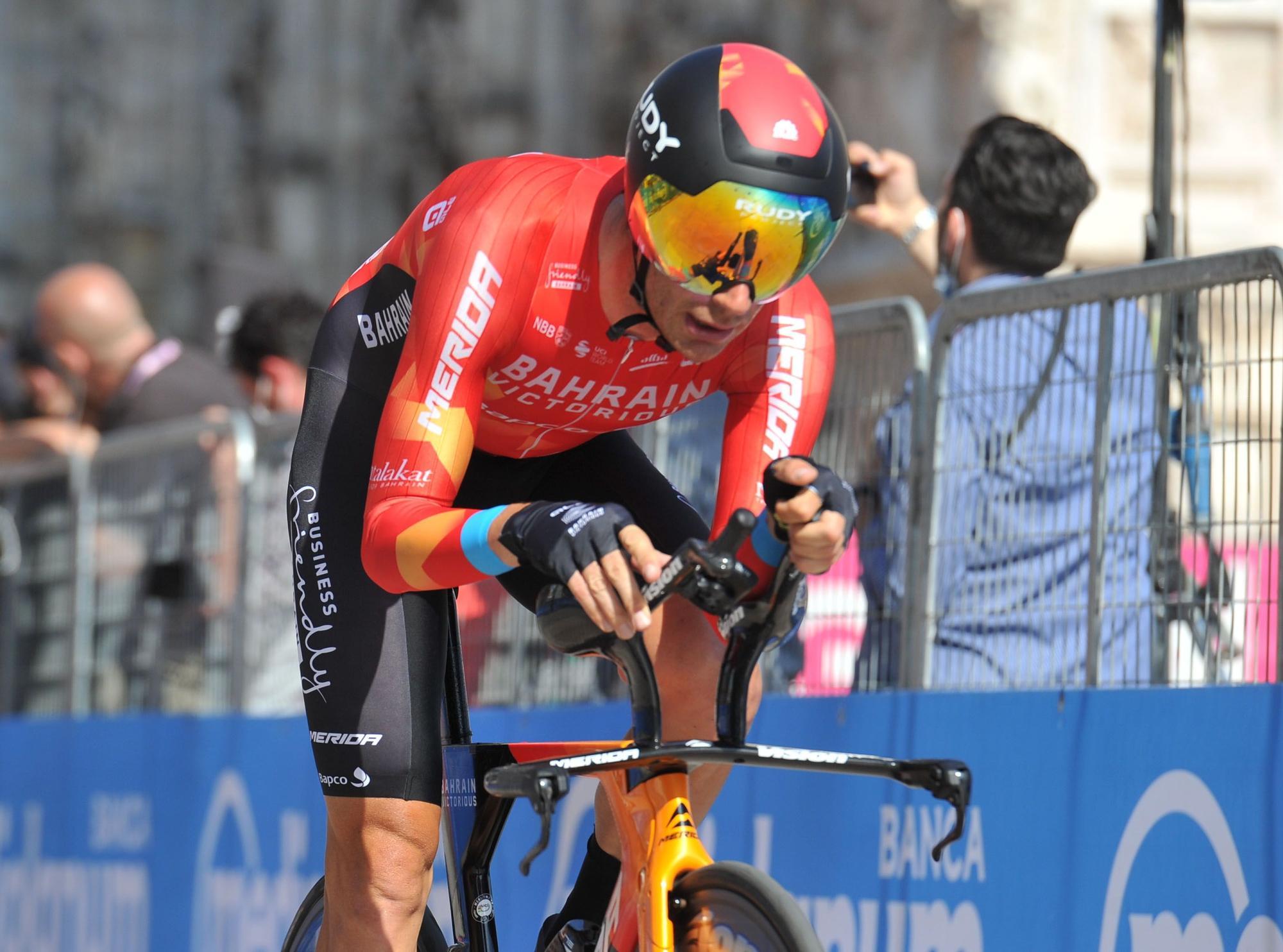 Giro d' Italia (113051834).jpg