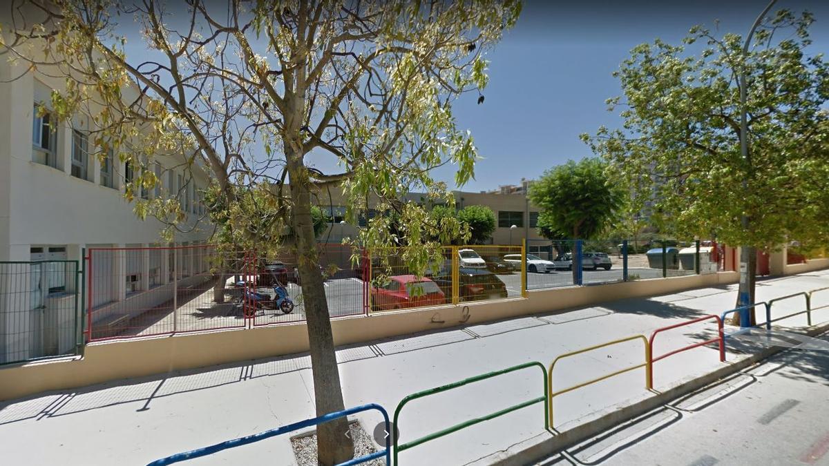El ayuntamiento desinfectó este fin de semana a fondo el colegio