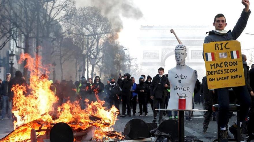 Vaga general a França el dijous 5 de desembre: com ens afectarà
