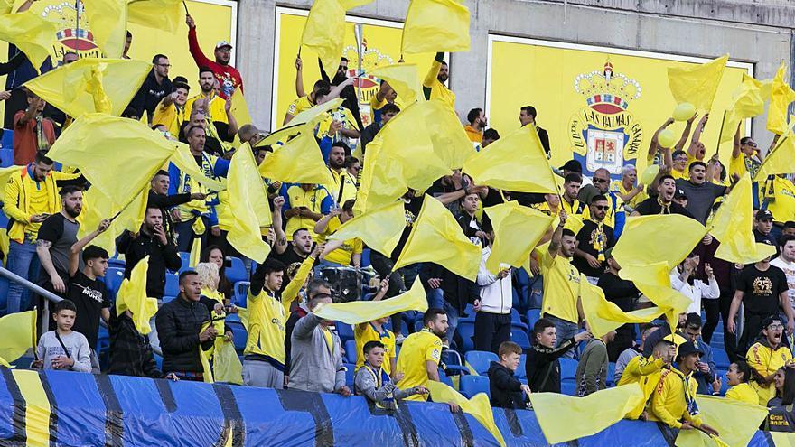 Los estadios abren con la fase 1 para el final de Liga