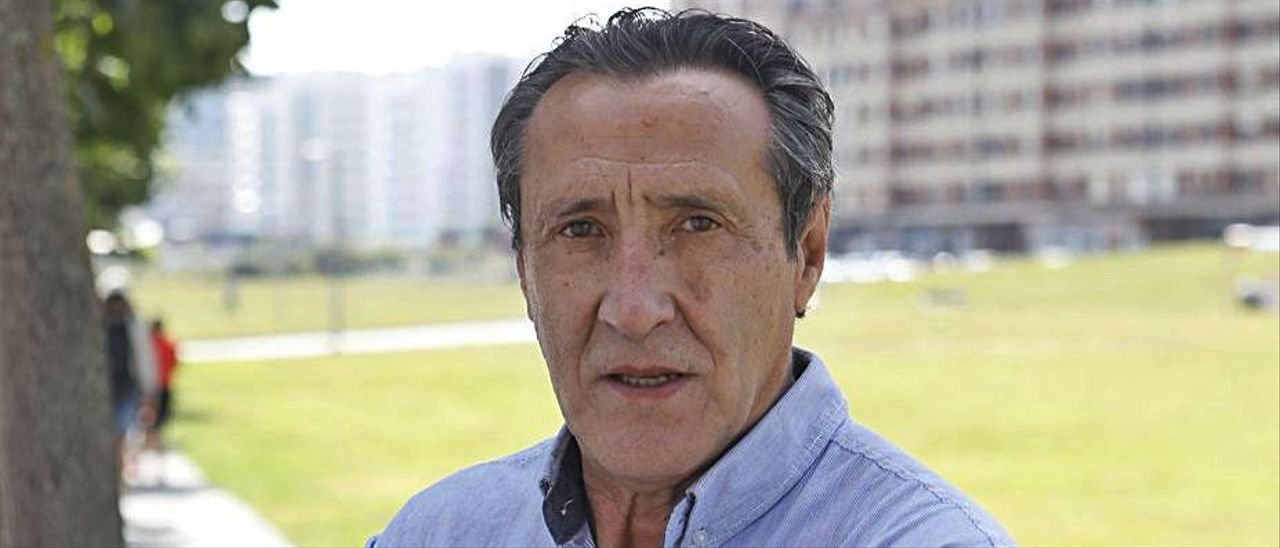 Abel Díez Tejerina, ayer, en el centro de Gijón. | Marcos León