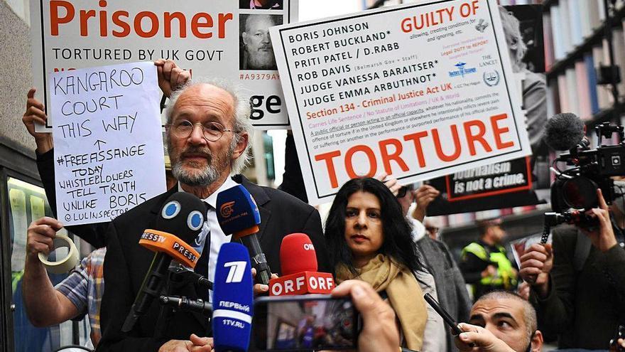 Reanudado el juicio de Assange sobre su extradición a EE UU