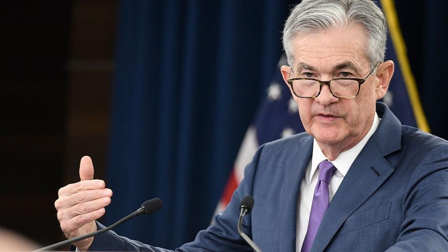 """La Fed mantiene los tipos y dice que la reducción del programa masivo de compra de bonos empezará """"pronto"""""""