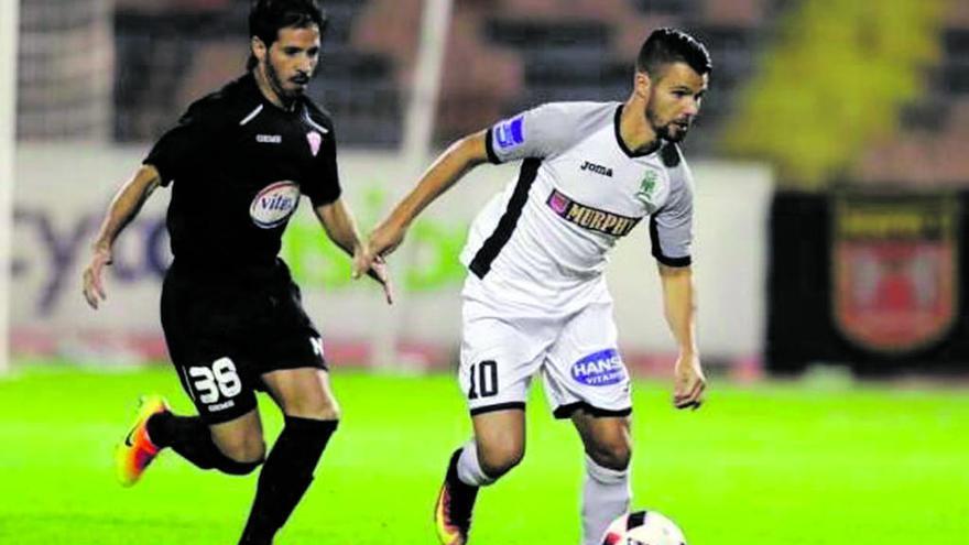 Coto canvia d'equip a Xipre