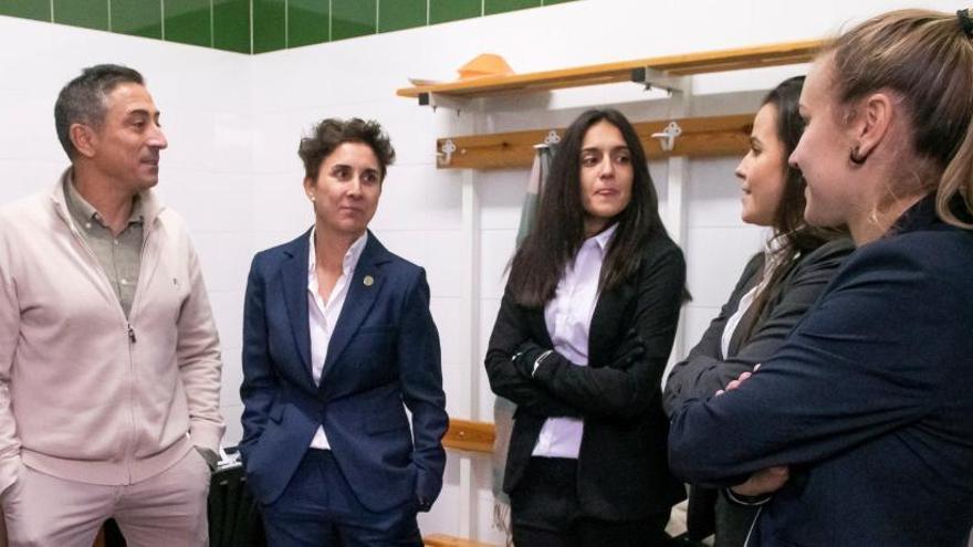 Desconvocada la huelga del fútbol femenino al acordarse la subida del salario mínimo