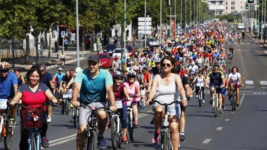 'Días de bici, días de fiesta' promoverá paseos saludables para cordobeses de todas las edades